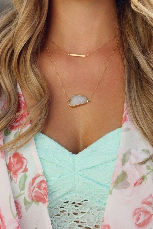 Dainty layered necklaces. Love the stone.