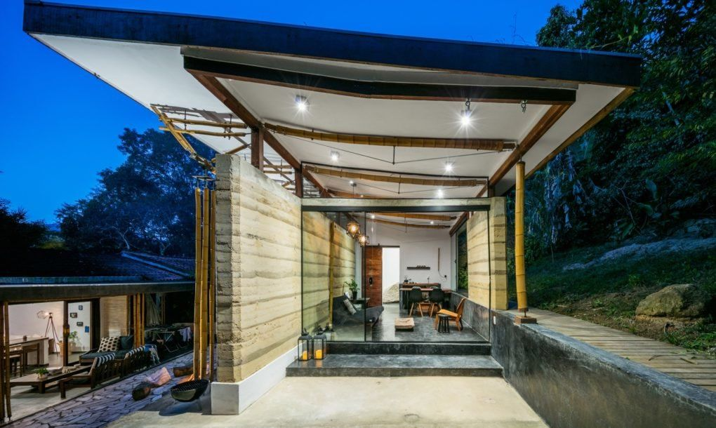 Eco Friendly Guesthouse In Brazil Sports A Green Roof And Rammed