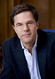 Serge Lohman is de eerste keuze om de nieuwe minister-president van Nederland te worden. Hierdoor heeft hij het wat hoog in zen bol gekregen volgens zijn broer.