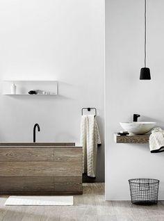 Bathroom Interior Design, easy nordic design: wood, white & black. www.parka-architecture.com