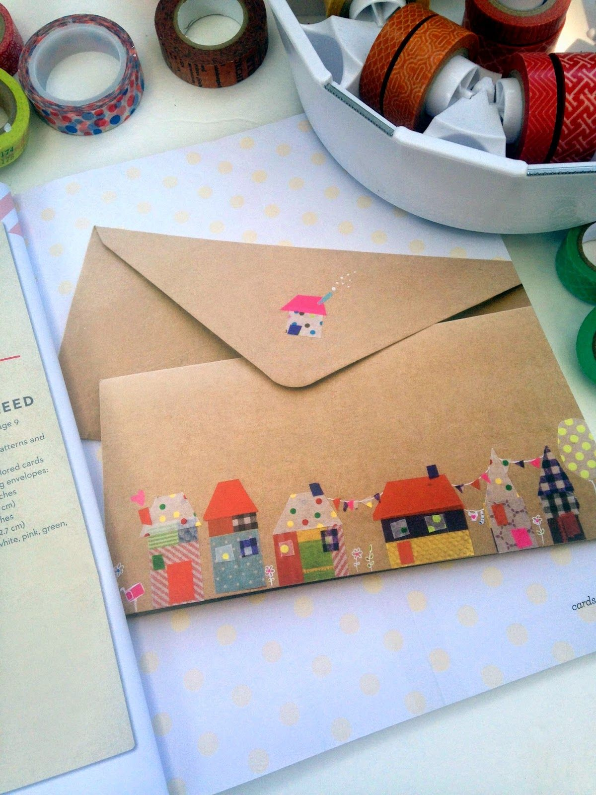 cute envelope decoration idea would also make a neat homemade card