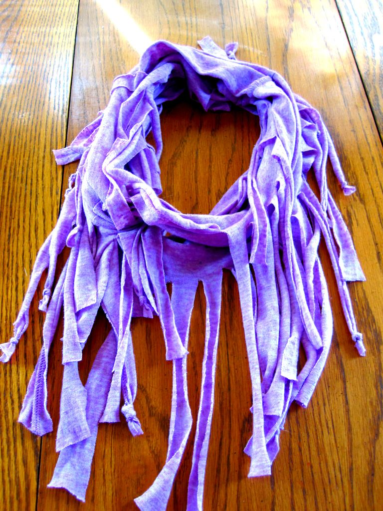 Diy how to make a fringe scarf out of a tshirt fringe