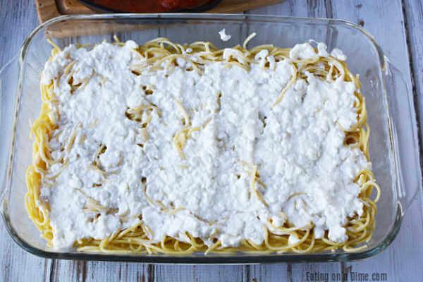 Photo of Easy Baked Spaghetti Pie Recipe – Freezer Friendly!