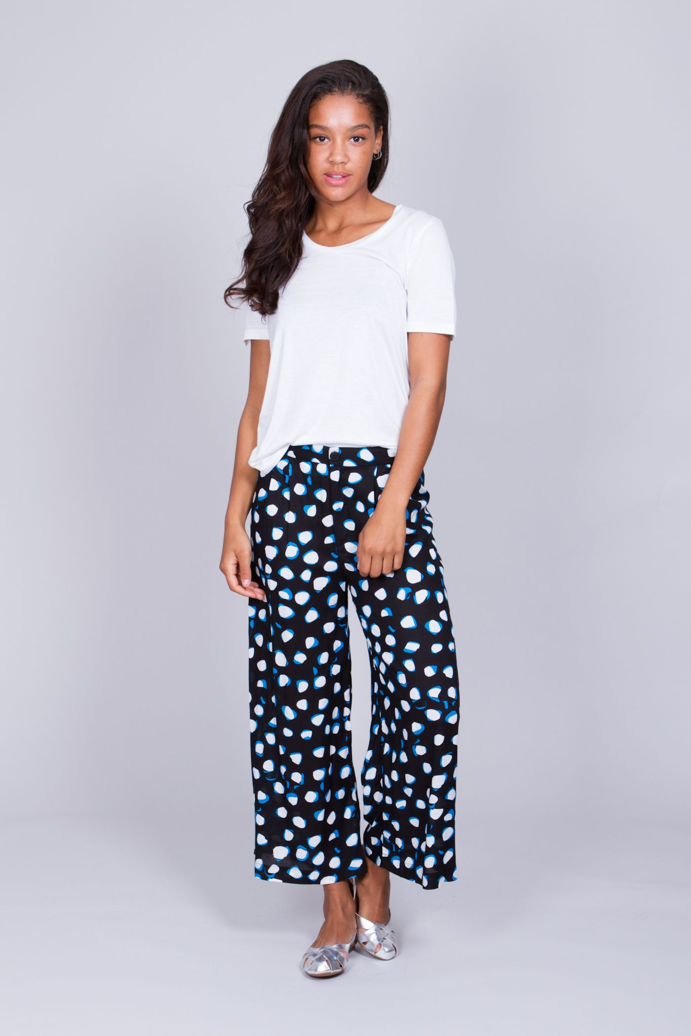 16d76fa12271 Ina trouser in Nut Black print by Swedish brand Rodebjer︱See more at  www.grandpa.se