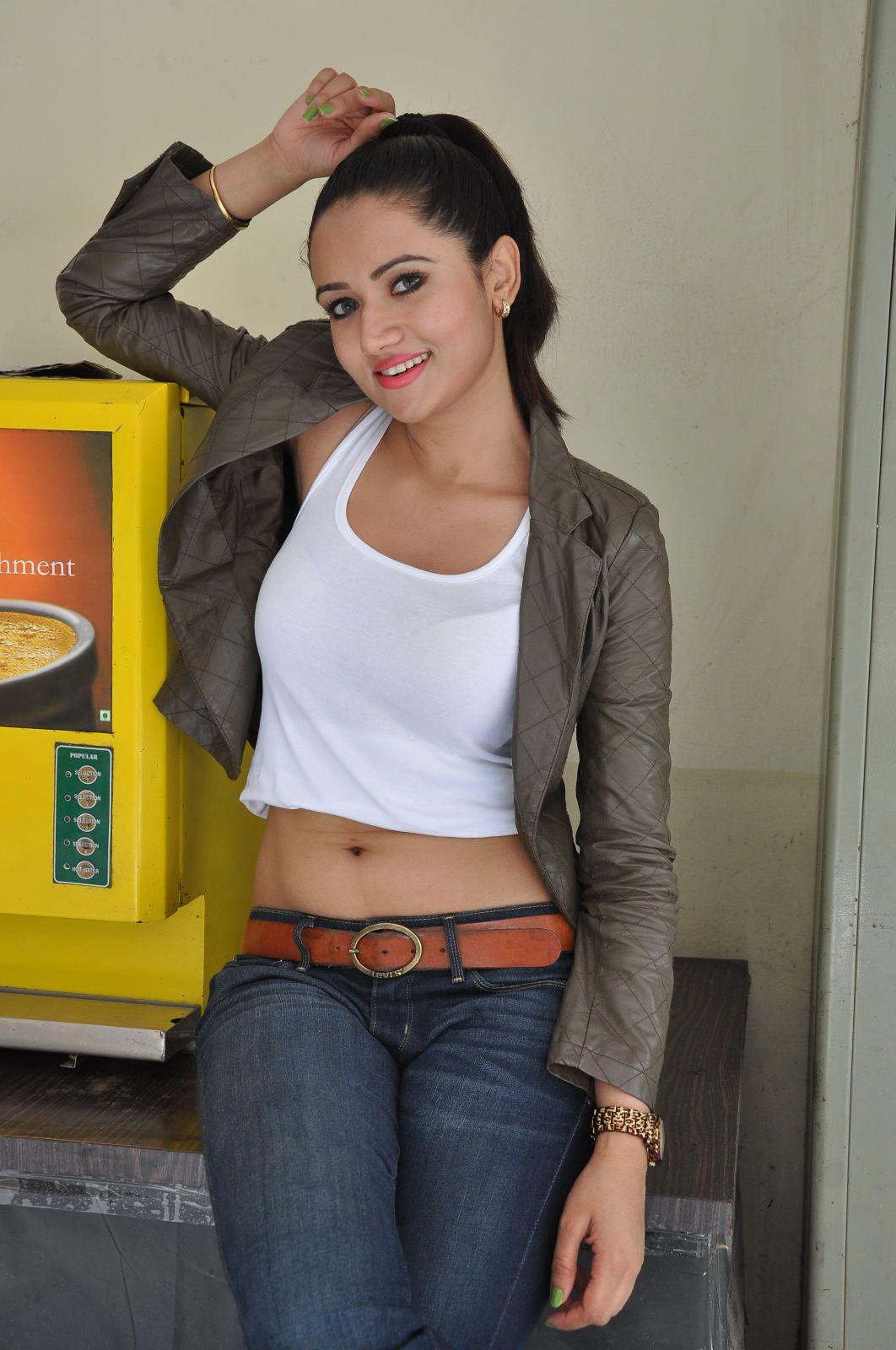 Actress Sunita Rana hot sexy in jeans and tops photos - (80 photos ...