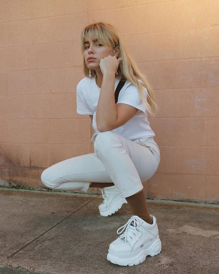 15 Fashionable Ways To Wear A Basic White T Shirt Who What Wear Sneakers Outfit Sneakers Fashion Outfits Fashion
