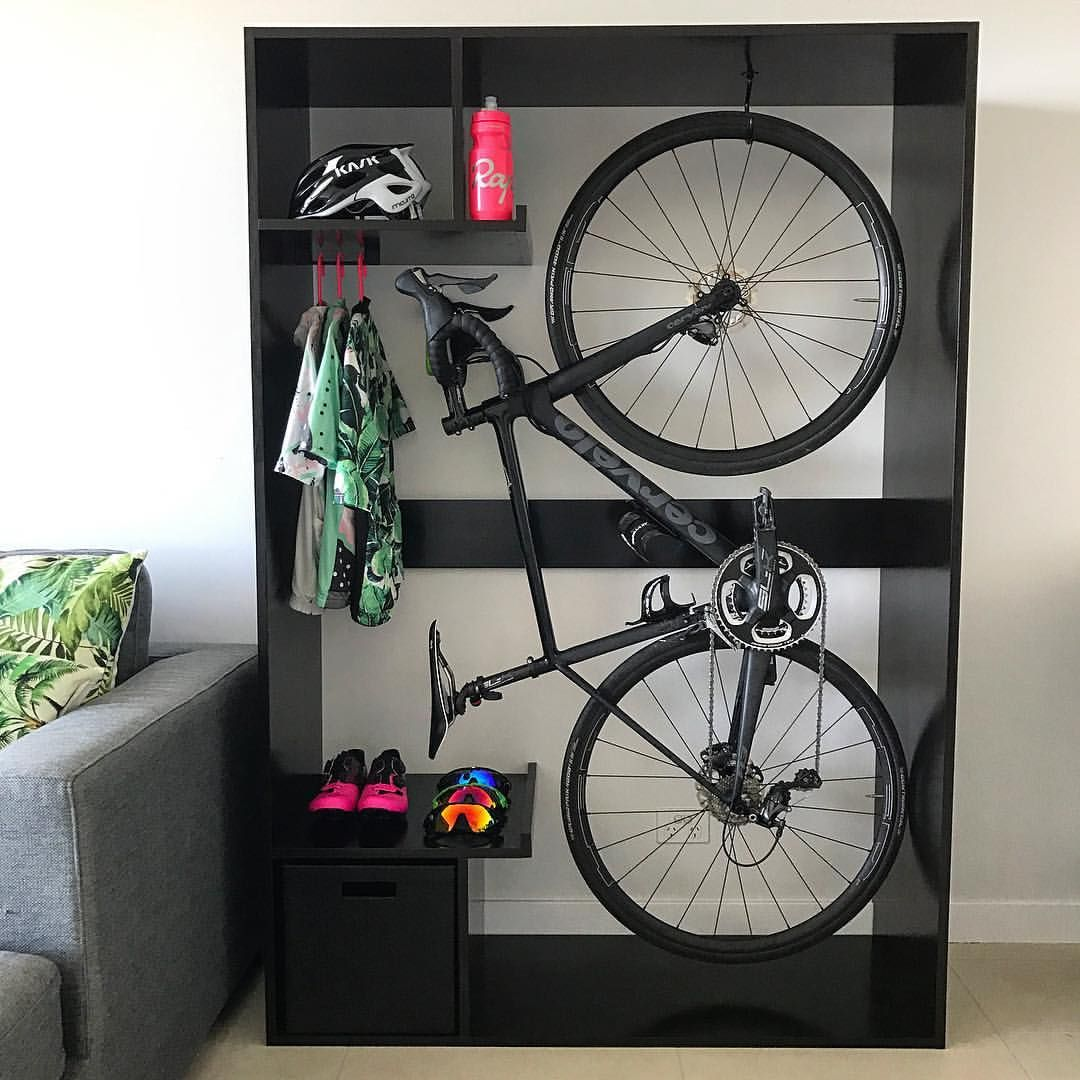 pin by b612 on cycling pinterest range velo accroche. Black Bedroom Furniture Sets. Home Design Ideas