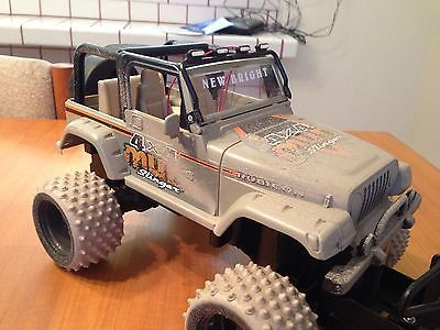 1/18 Mini Rock Crawler Body By New Bright Factory Paint..