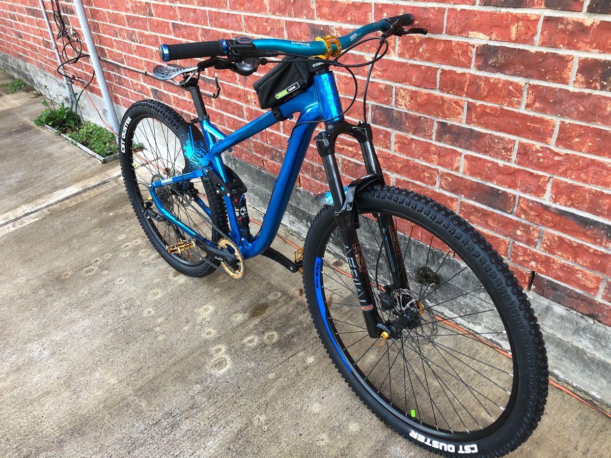 Bicicleta Giant Talon 2 26 Hardtail Giant Bicycles Romania Giant Bicycles Bike Hardtail Mountain Bike