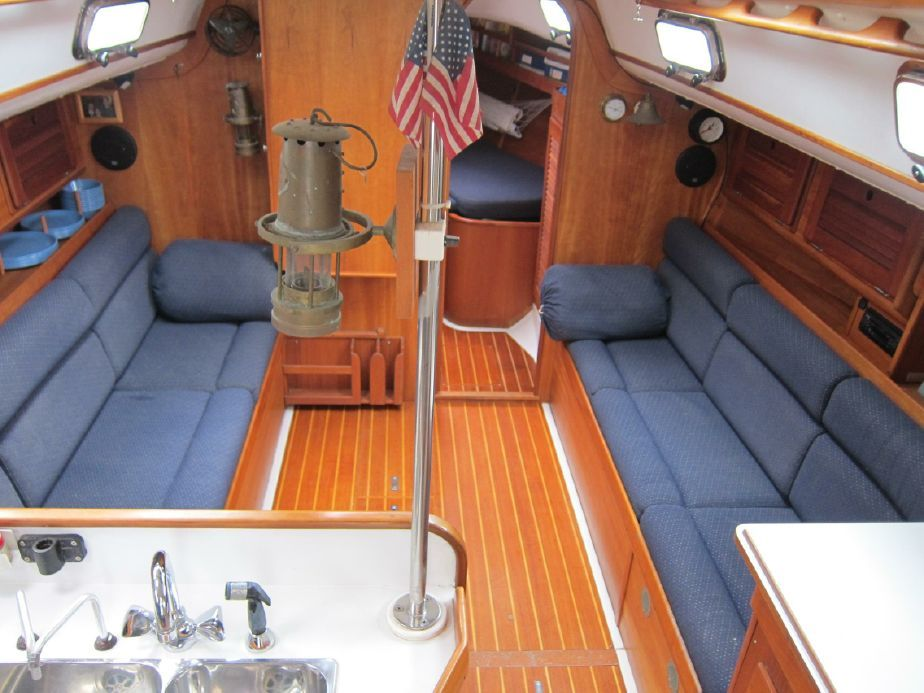 1996 Freedom 35 Sail Boat For Sale Boats For Sale Sailboat Living Boat