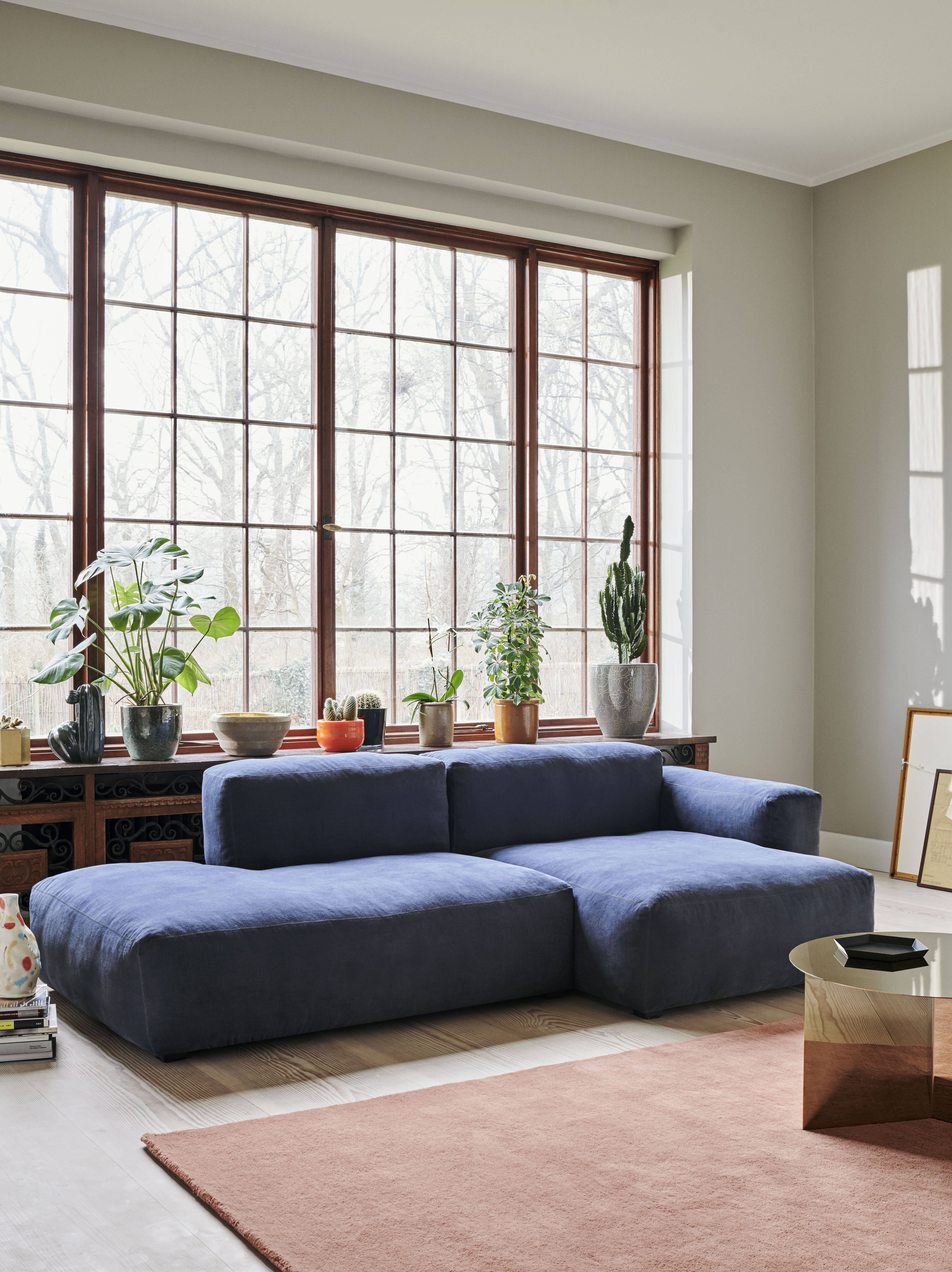 Mags Soft Low Sectional With Chaise Seating White Furniture