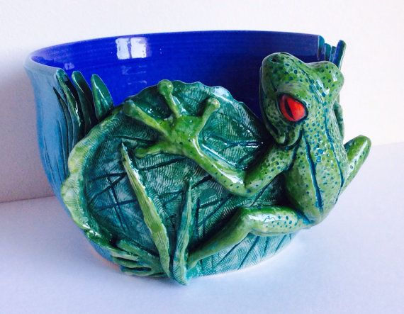 Hey, I found this really awesome Etsy listing at https://www.etsy.com/listing/179922492/yarn-bowl-frog