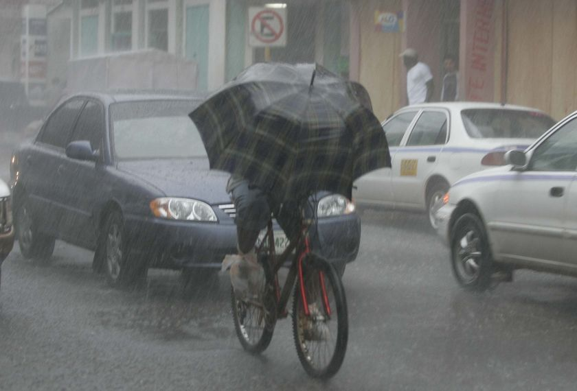 Pin By City Bike On The Weather Is No Object Biking In The Rain Rain Go Ride
