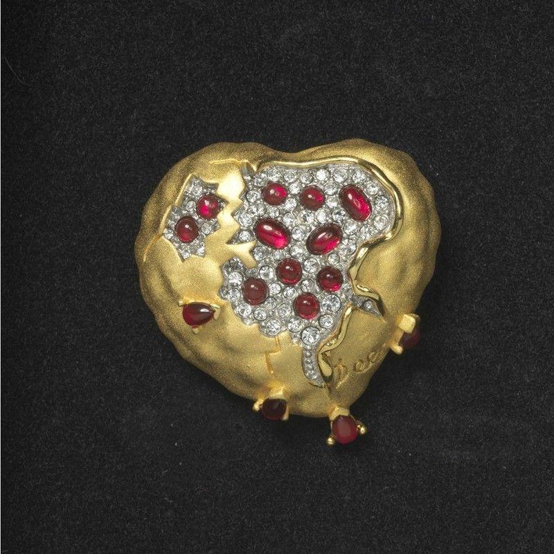La granada corazón (Joya, broche), Salvador Dalí