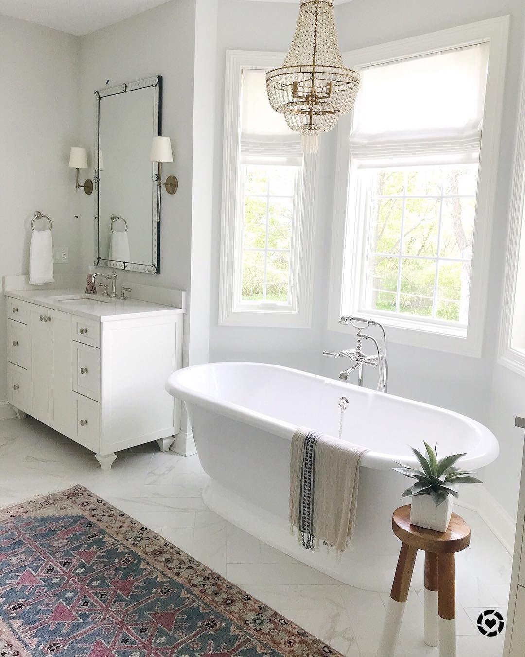 baths in simple white | Design master, Clawfoot bathtub ...