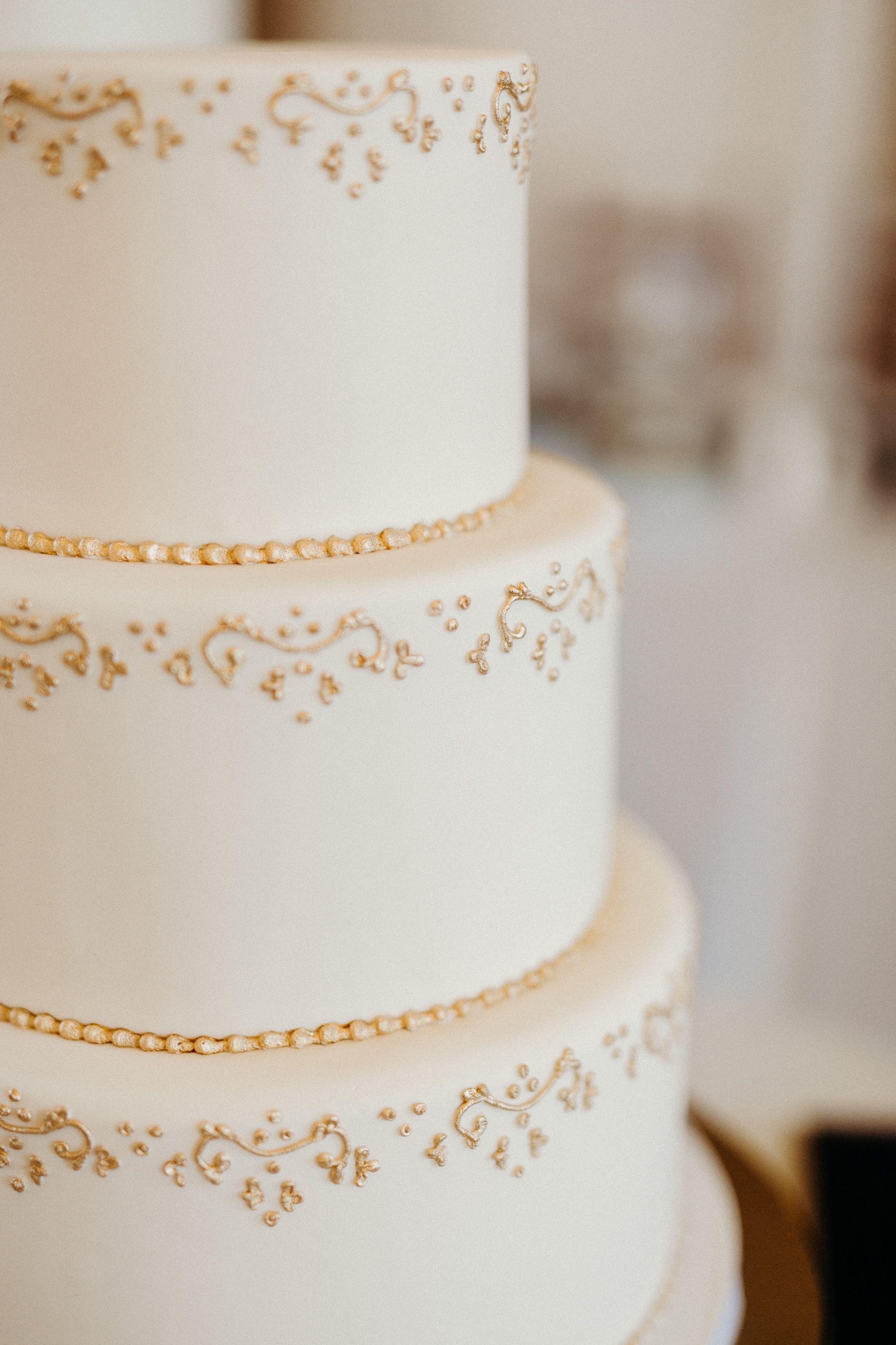 Elegant wedding cake with gold detail cake pinterest elegant