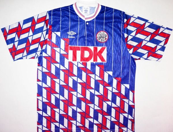 Ajax 89-90 (A). The shirt that first got me into foreign shirts. Will buy  one as soon as I can get my hands on a decent XL. 520512eed