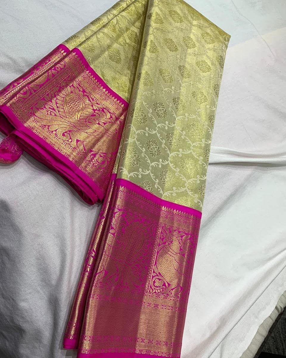 "Photo of Drishi Silks on Instagram: ""SRM1595 Beautiful kanjivaram sarees  direct from looms…. #kanchipattu #kanchipattusaree #silksarees #puresilksaree #kanchivaramsilk…"""