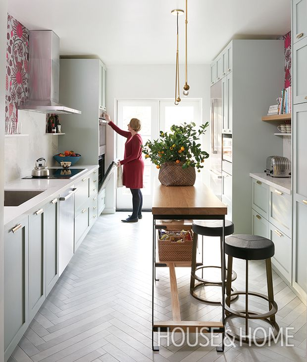 Long Narrow L Shaped Kitchen: Celebrate 150 Years Of Style! Peek Inside Our Favorite