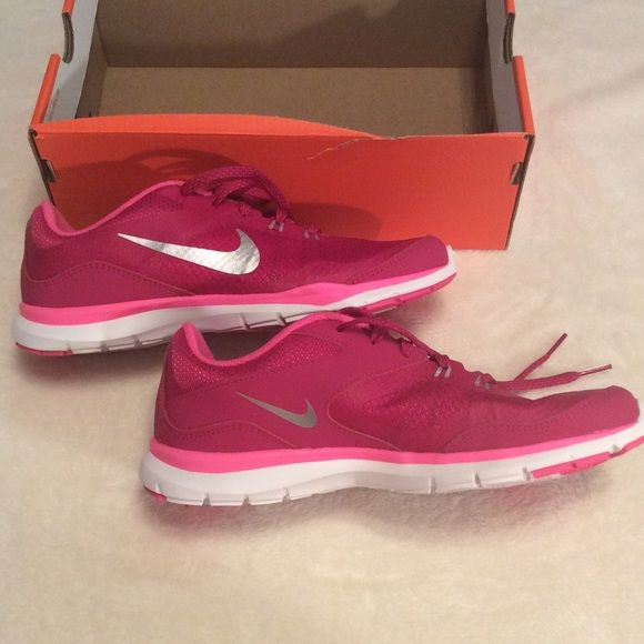Shop Women's Nike Pink size 7 Athletic Shoes at a discounted price at  Poshmark. Description: Size NWT, Women's Nike Flex TR Pink, Brand New.