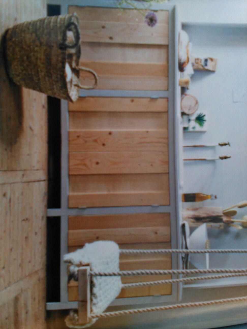Badkamer meubel, kastdeurtjes van multiplex | DiY meubels | Pinterest