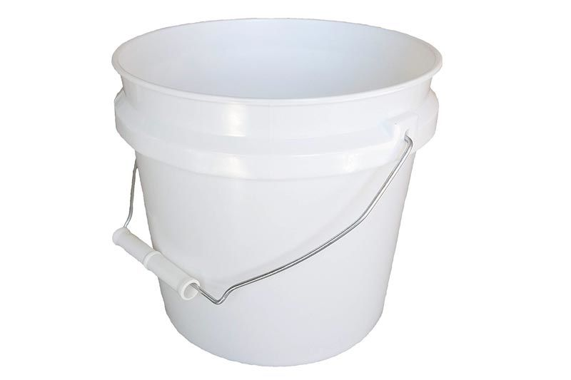 Leaktite 744456 1 Gallon White Plastic Pail Paint Pail Container In 2020 Better Cleaning Household Plastic Pail