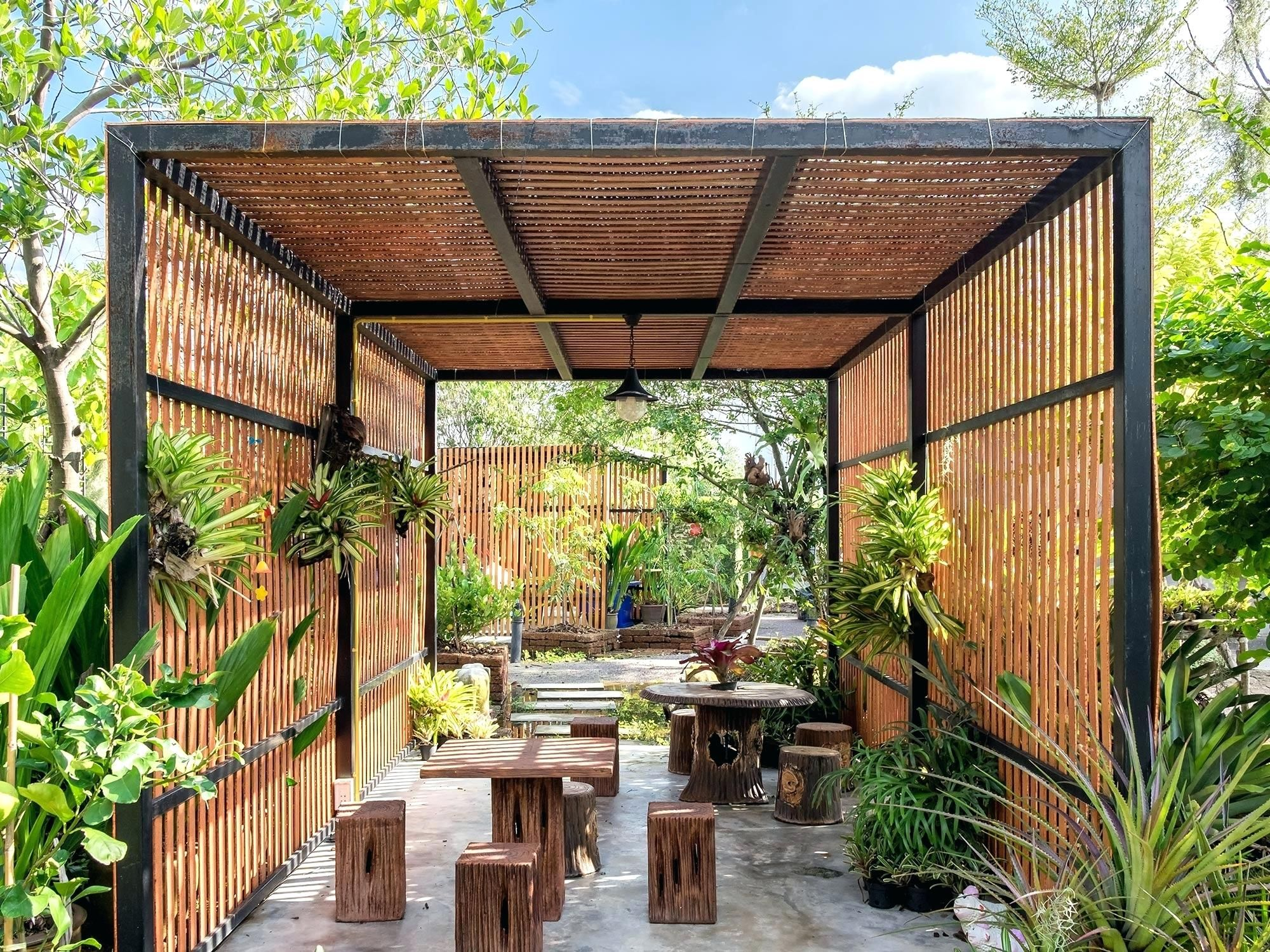 how much does a pergola cost per square metre prices