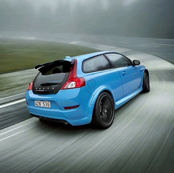 Polestar C30 AWD, On Track And In Motion.