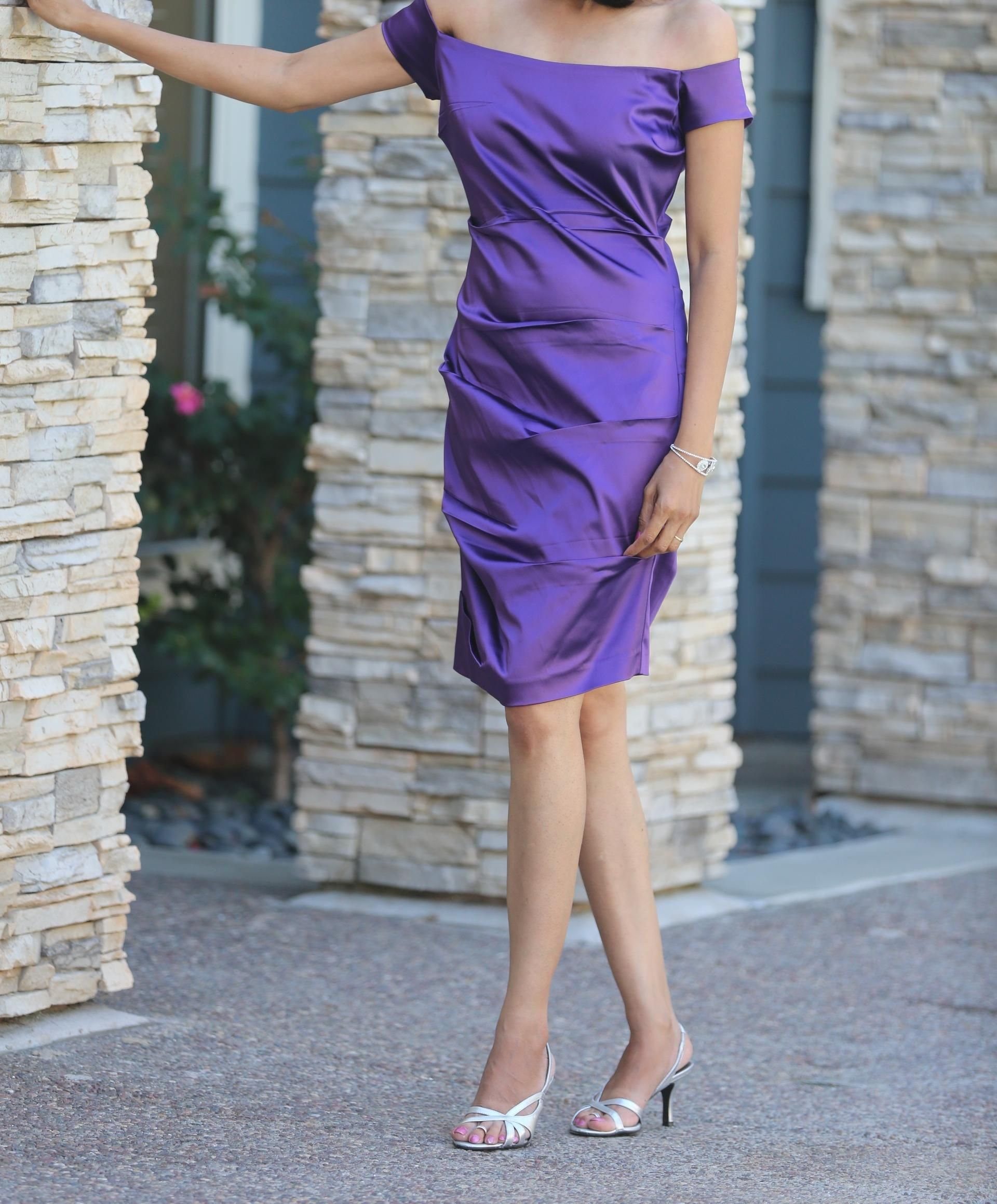 Rent Shift Sheath Silhouette Dark Purple Solid Dry Clean