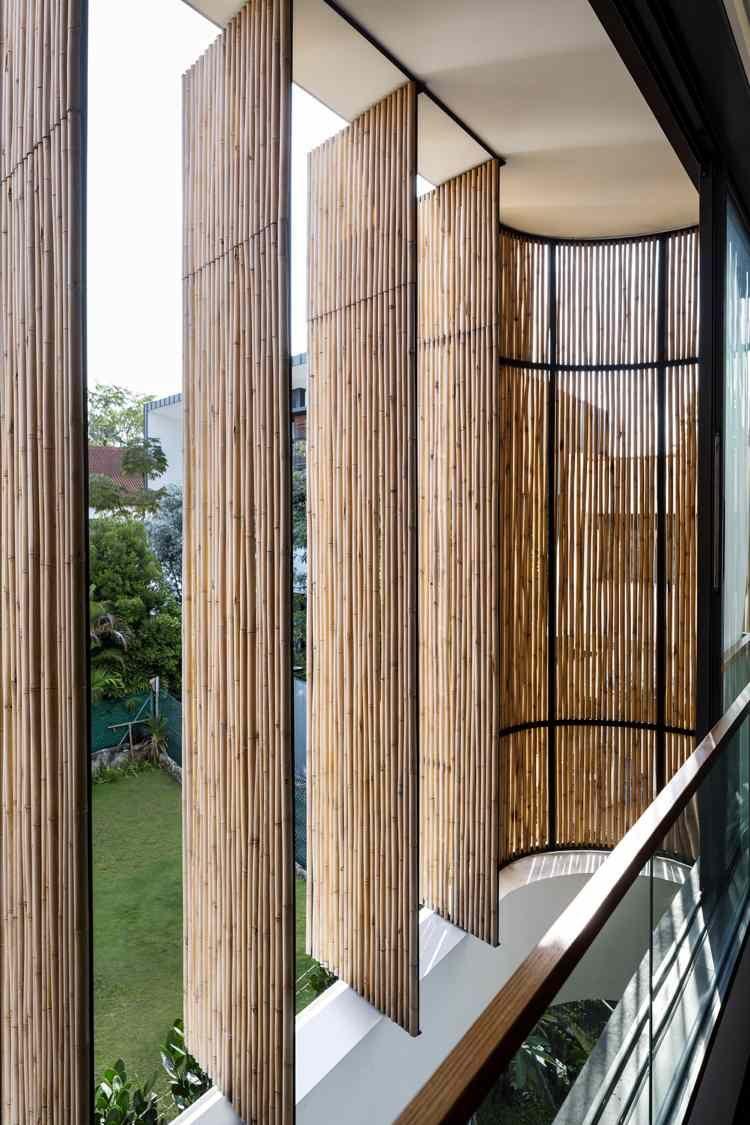 Außenjalousien aus Bambus: Sichtschutz aus Naturmaterial