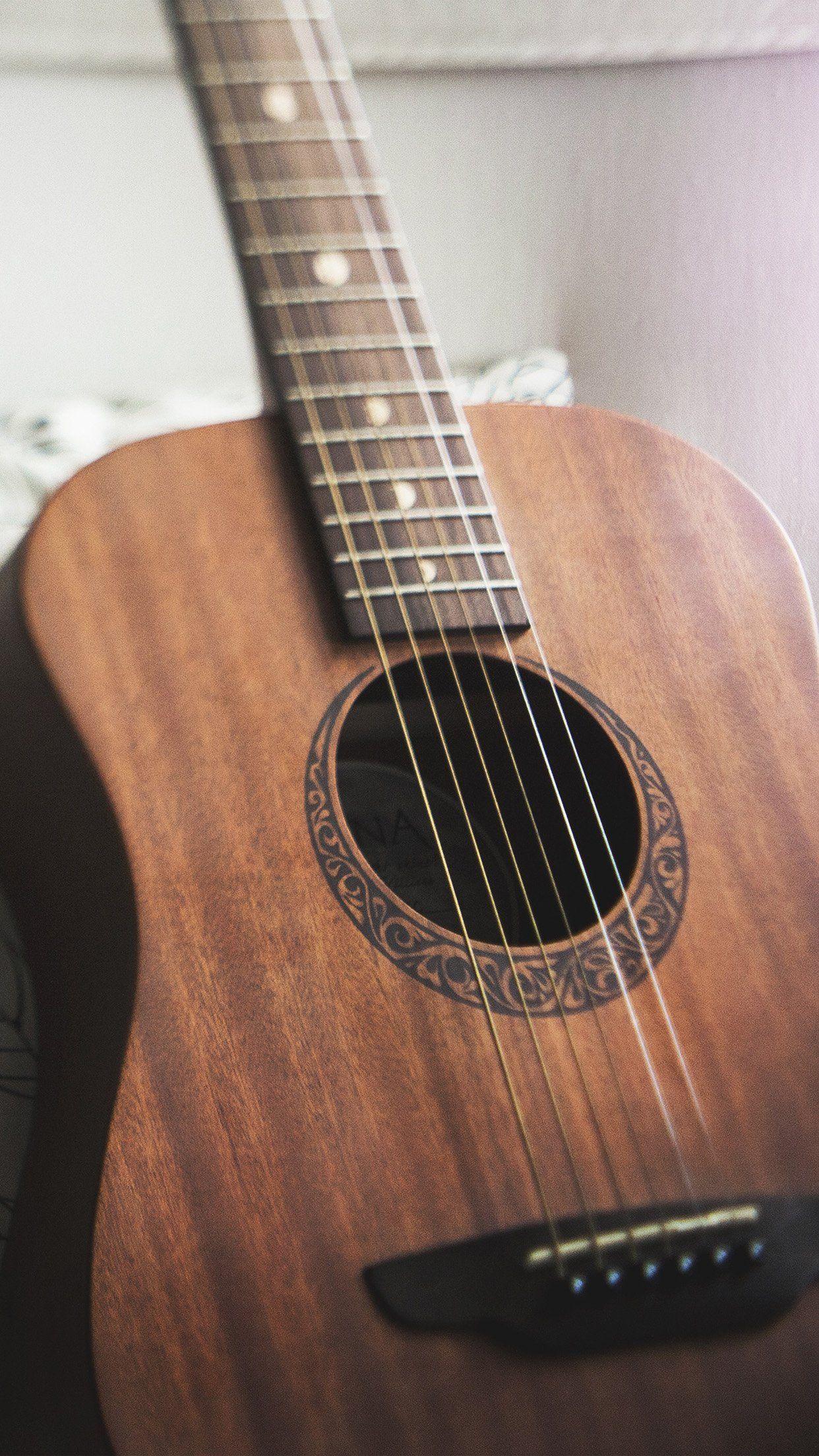 Cool Classic Guitar Instrument Music Iphone 6 Plus Wallpaper