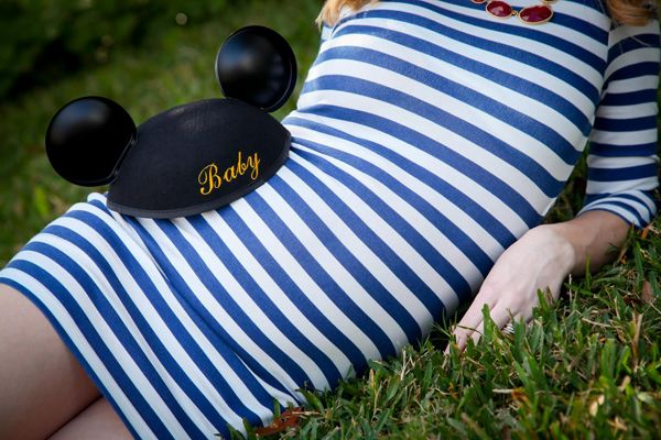 Baby Bump Photos at Walt Disney World: Mallory + Jimmy   A Magical Day   Just a Little Bit of Disney Fan Site Love