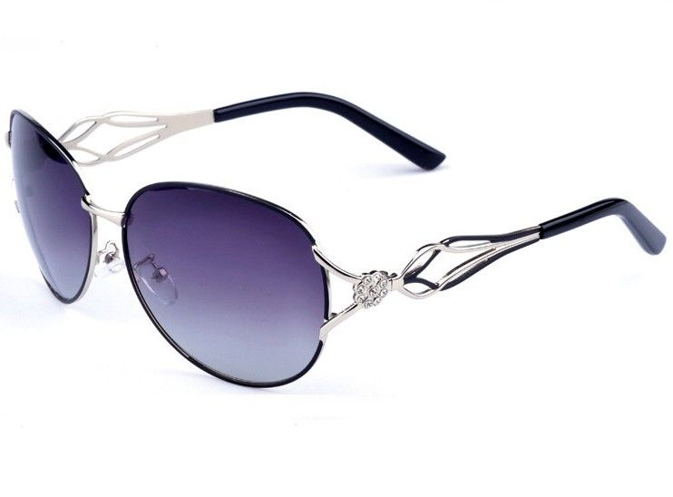 This stylish polarized sunglasses can prevent glare,strength light, and avoid hight light and it is used for driving,travelling,decorating,etc