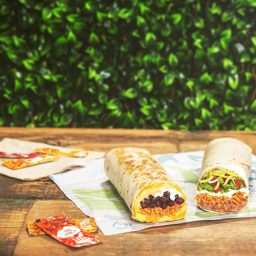 Taco Bell Just Launched A Vegetarian Crunchwrap Supreme And It Sounds Better Than The Original Crunch Wrap Supreme Vegan Fast Food Vegetarian Fast Food