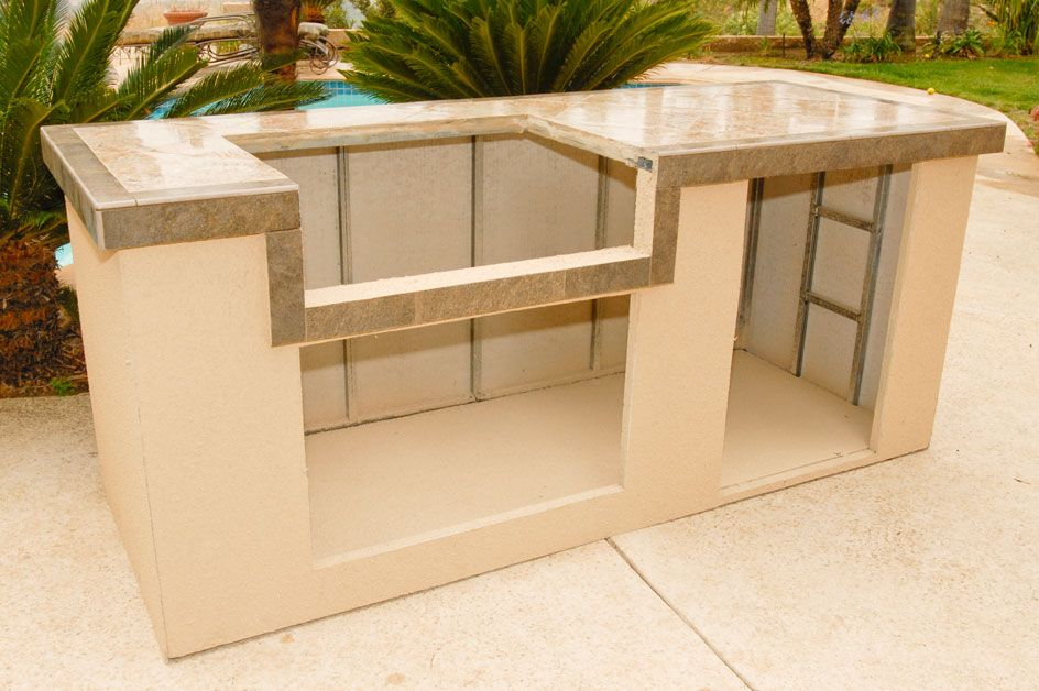 Outdoor Kitchen Island Kits For People Who Love Meals Cooked Outside Modern Kitchen Furniture Photos Ideas Reviews Outdoor Kitchen Island