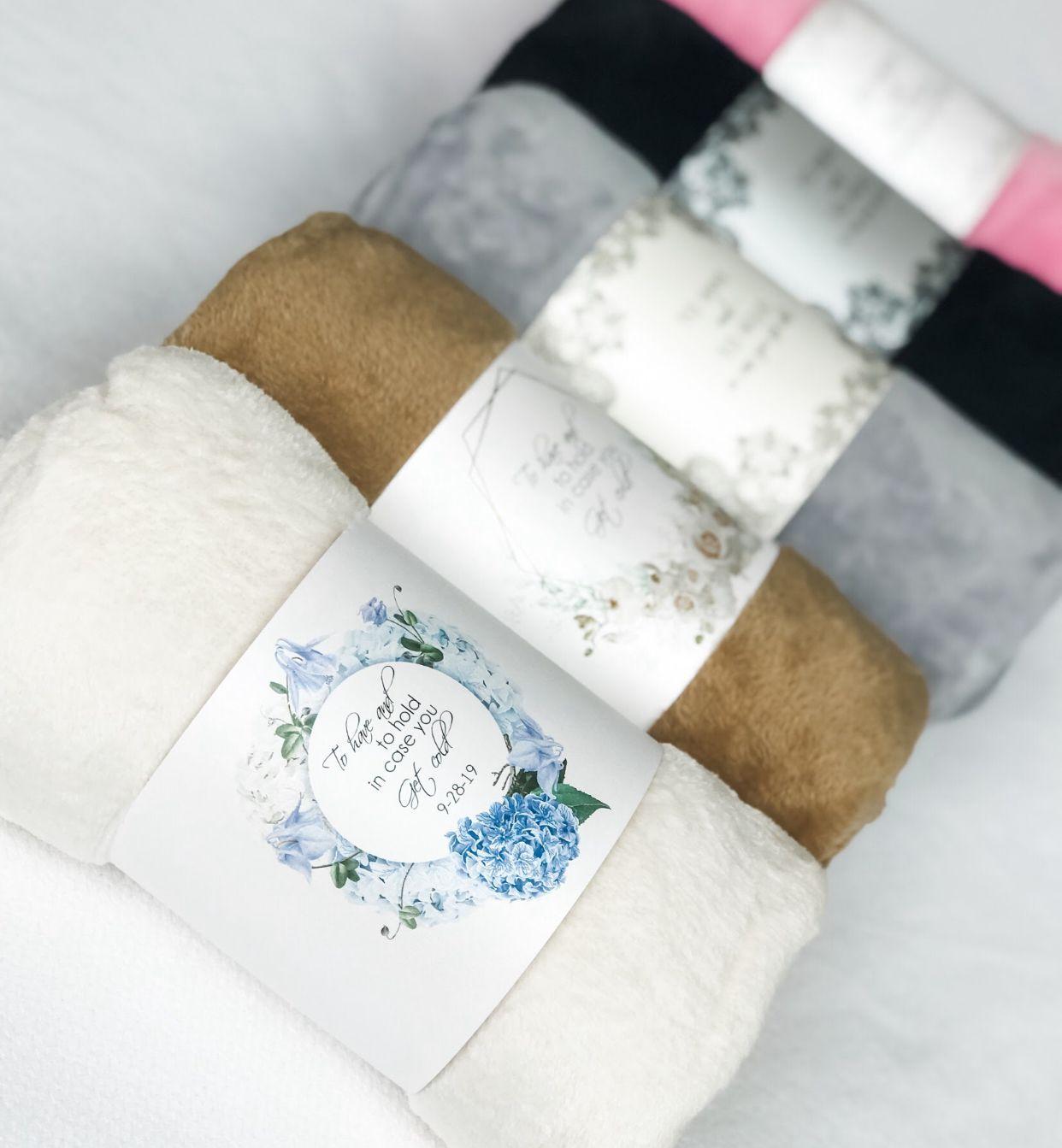 Photo of Bulk Blanket Wedding Favors