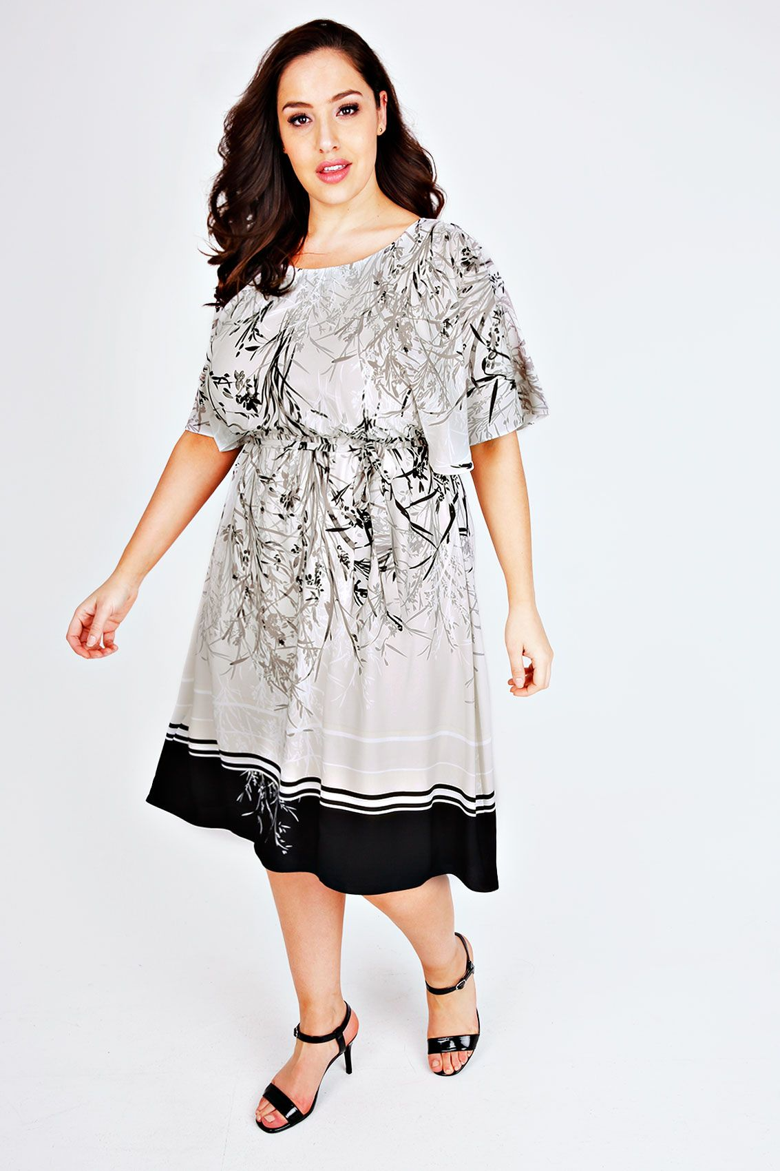 SCARLETT & JO White & Grey Floral Border Print Kimono Dress