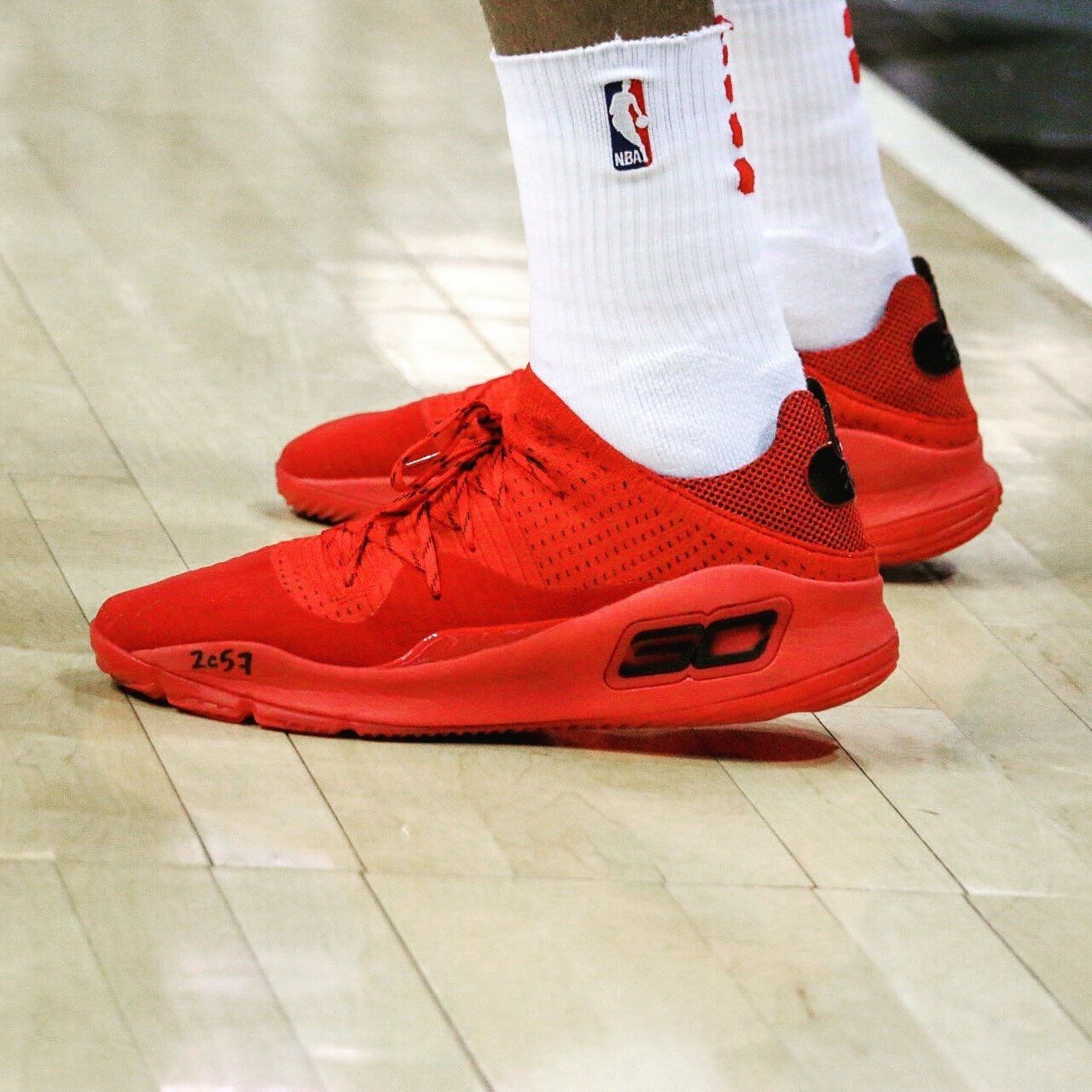 fe54218c4e8 The Under Armour Curry 4 Low