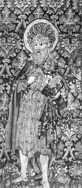Teil eines Wandteppichs mit Johannes dem Täufer Basel, um 1480 Kunstgewerbemuseum Inventarnummer 14224 Material und Technik Wolle, Silberlahn, gewirkt Maße 97,0 x 41,0 cm Objektbezeichnung Tapisserie