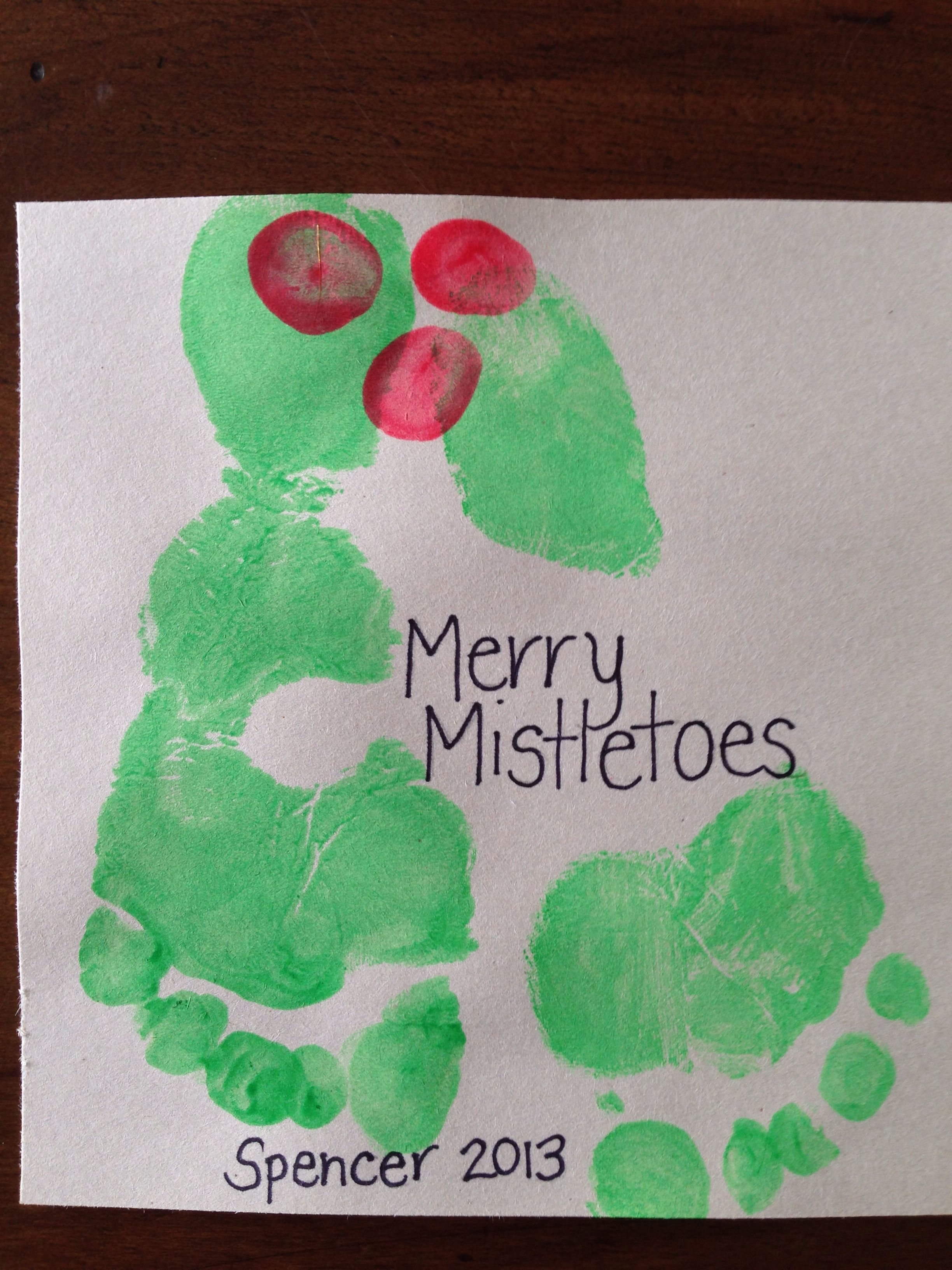Footprint Christmas craft - Merry Mistletoes #mistletoesfootprintcraft Footprint Christmas craft - Merry Mistletoes #mistletoesfootprintcraft