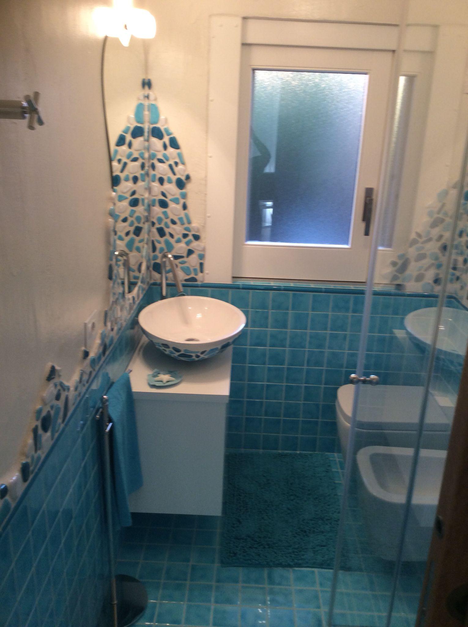 Bagno con piastrelle cerasarda 10x10 marezzato con pepite - Piastrelle 10x10 bagno ...