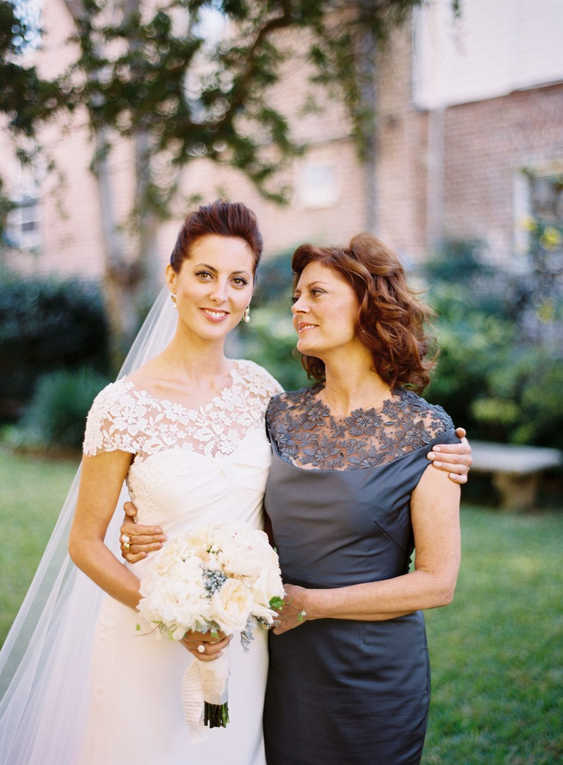 Eva Amurri And Her Mother Susan Sarandon At Charleston Wedding To Kyle Martino