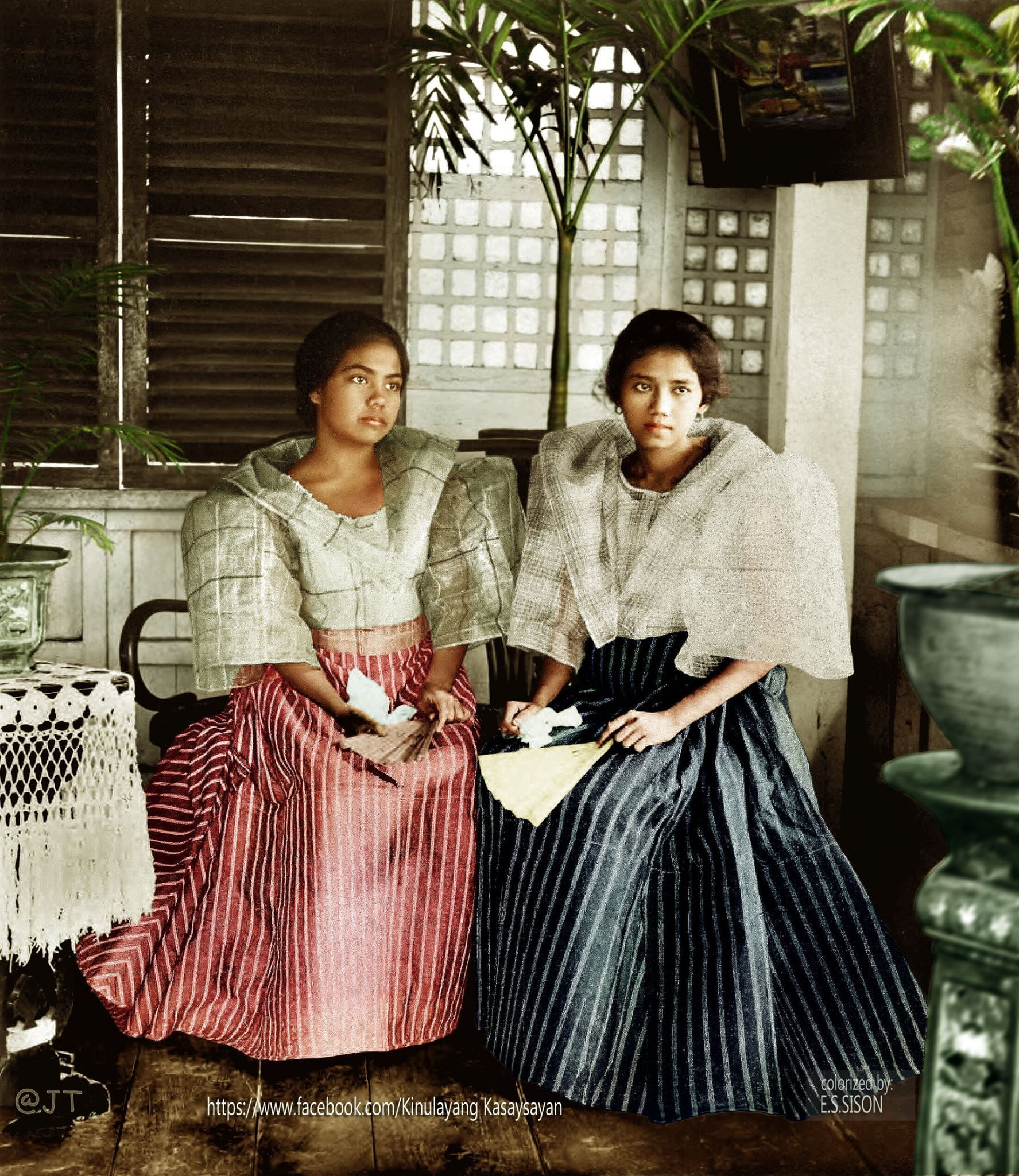 guy adds color to black and white photos from Philippine history