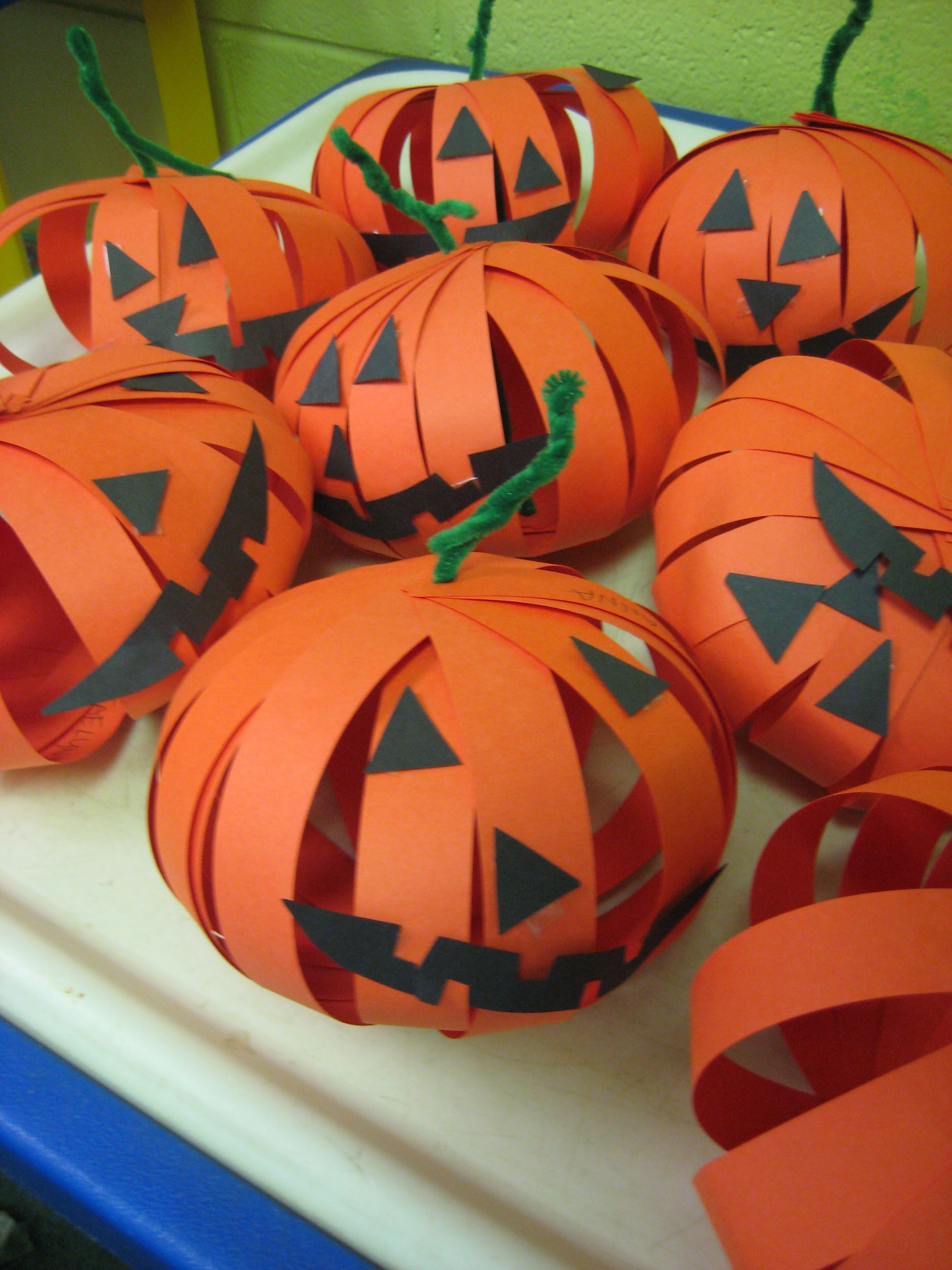 Construction Paper Jack O Lantern In