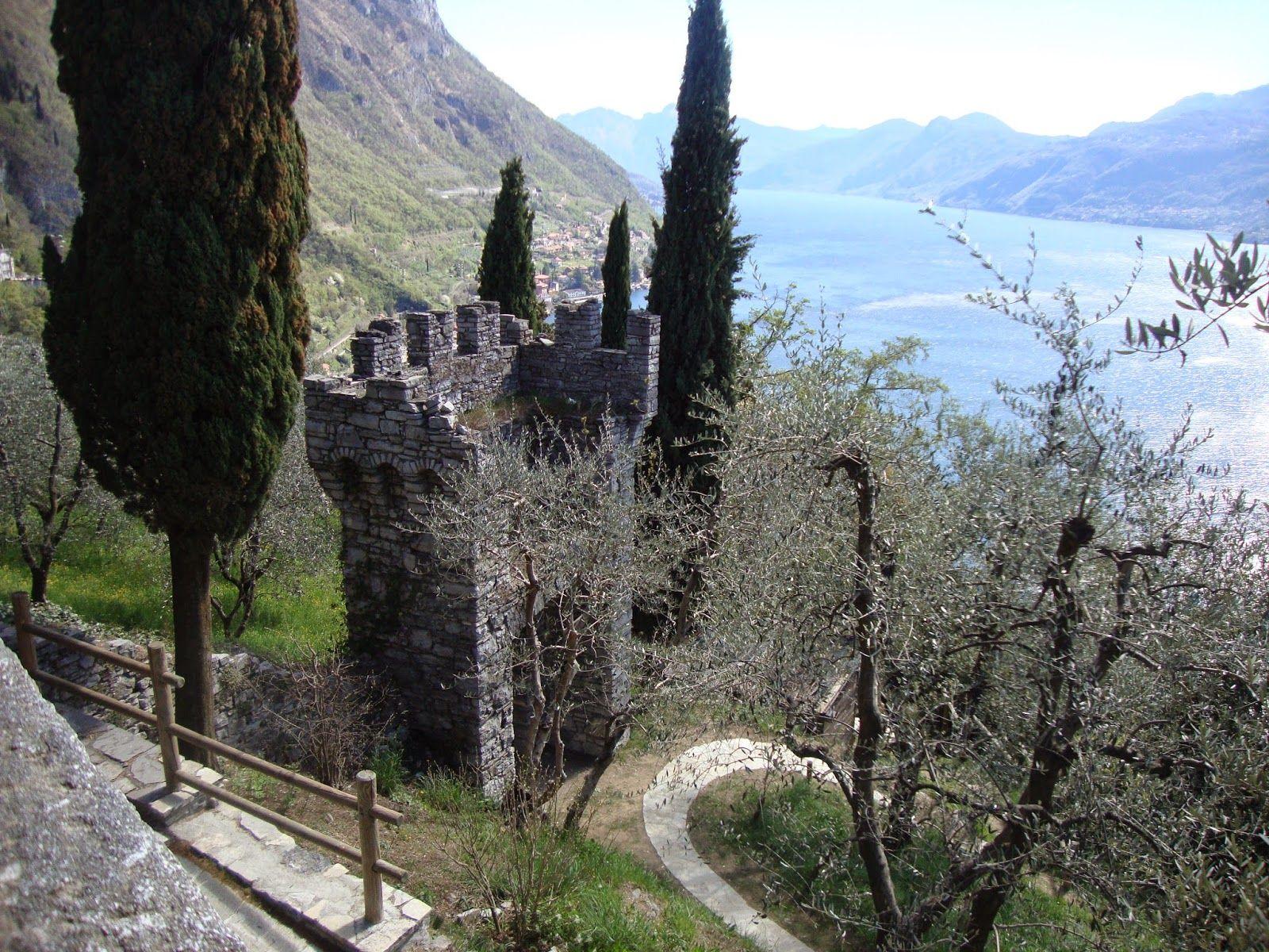 Castello di Vezio (Lecco) http://lefotodiluisella.blogspot.it/2015/04/castello-di-vezio.html