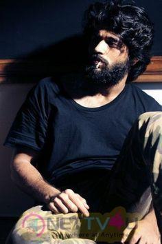 Vijay Devarakonda Arjun Reddy Dubbing Started Telugu Gallery Vijay Devarakonda Vijay Actor Actor Photo
