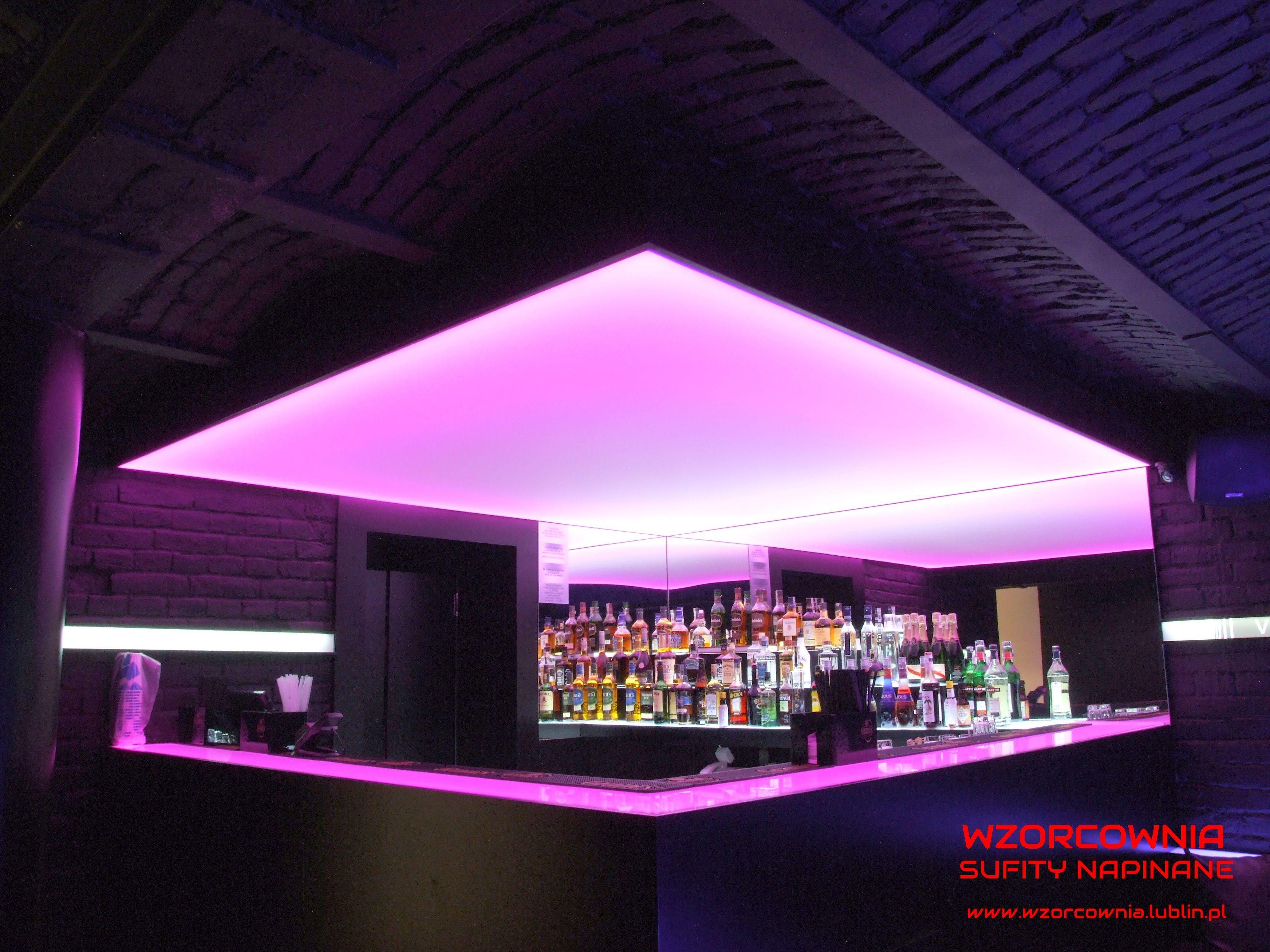 Club Soho W Lublinie  Sufit Napinany Transparentny Z Zastosowaniem  Oświetlenia LED RGB:)
