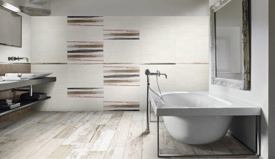 Badkamer met houlook de vloertegels zijn keramisch parket een