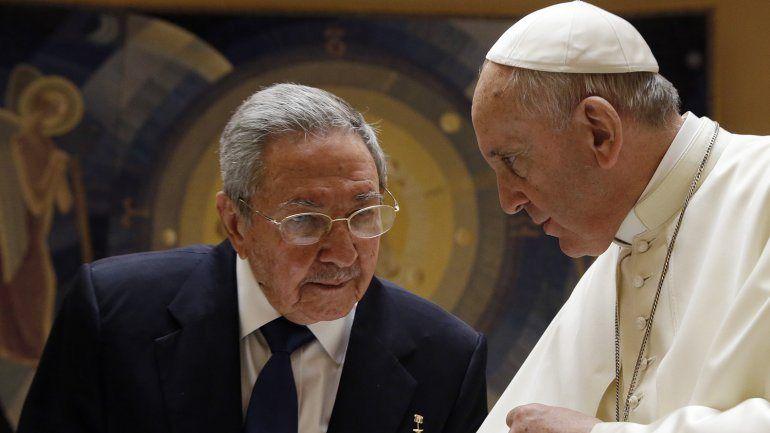 En su visita al Vaticano, Raúl Castro agradeció a Francisco su mediación entre Cuba y EEUU | Barack Obama, Cuba, Papa Francisco - América
