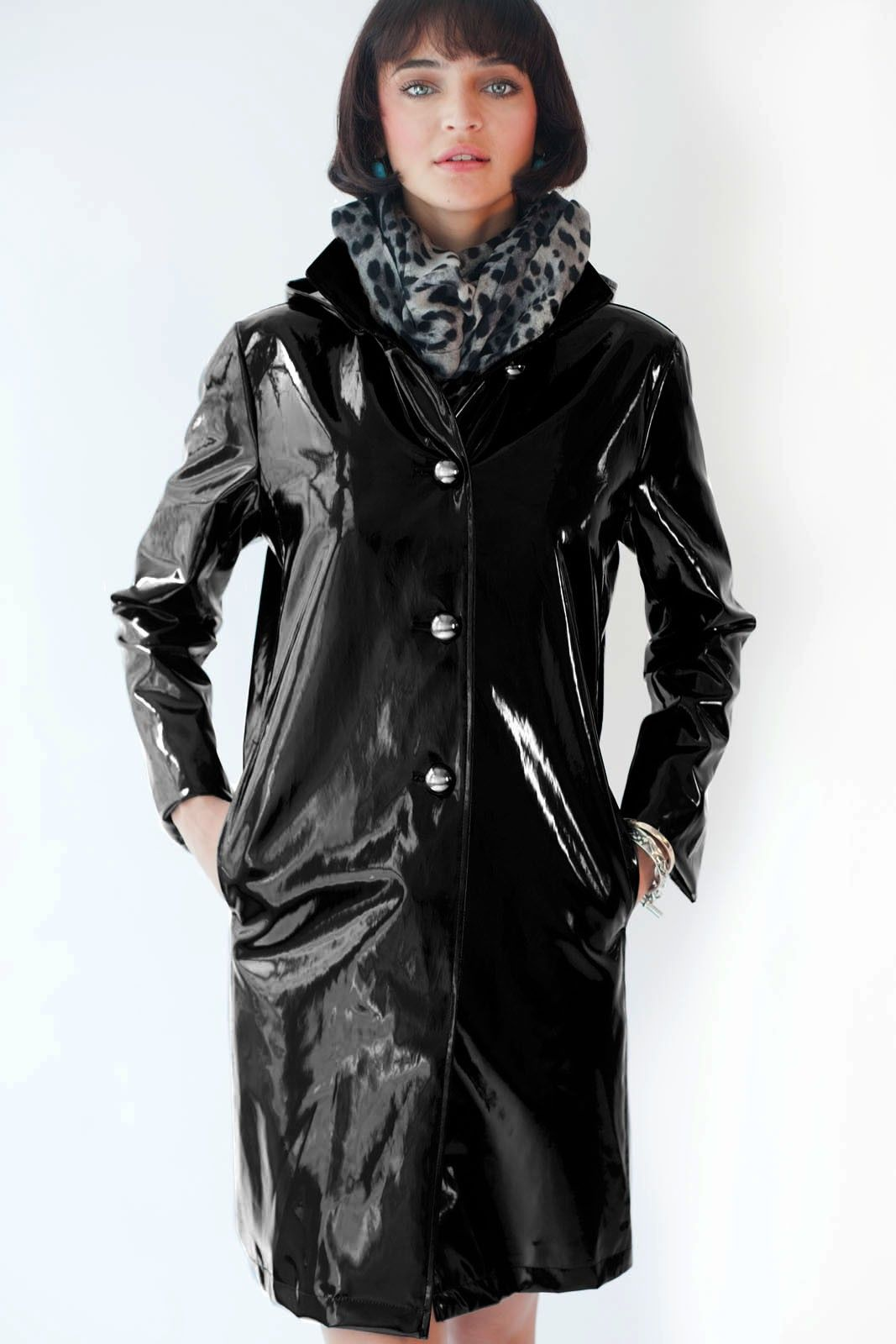 Find a great selection of raincoats for women at topinsurances.ga Shop by feature, length, and closure from brands like The North Face, Cole Haan, Pendleton & more. Check out our entire collection. Free shipping & returns.